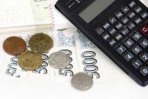 Peněžitá pomoc v mateřství je dávka vyplácená na základě nemocenského pojištění (zaměstnanců nebo OSVČ).
