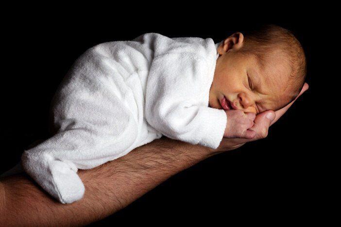 Nezapomínejte na to dělat si fotky – malé děti, po porodu hodně rostou, a mění se strašně rychle.