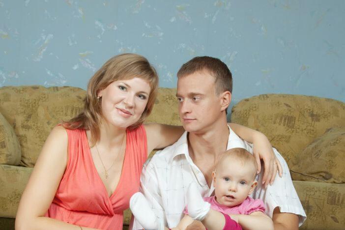Jaké jsou sociální dávky pro rodinu s dítětem?