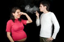 Kouření může mít velmi silné negativní vlivy na vaše dítě. Někdy může způsobit dokonce i potrat.