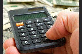 """Pro výpočet PPM se zpravidla posuzují příjmy za posledních 12 měsíců před nástupem na """"mateřskou""""."""
