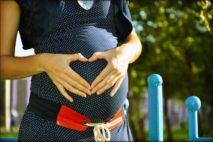 Vypadávání vlasů v souvislosti s těhotenstvím, porodem a kojením je pouze dočasné.