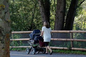 Je ale přirozené, že po porodu, zvláště během kojení, se váha postupně snižuje.