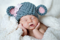 """Aby měla OSVČ nárok na """"mateřskou"""" (peněžitou pomoc v mateřství), tak je nutné, aby si platila nemocenské pojištění."""