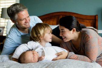 Od 1. 4. 2020 se zvýšilo životní minimum. Díky tomu má v roce 2020 nárok na přídavky více rodin, než v předchozím období.