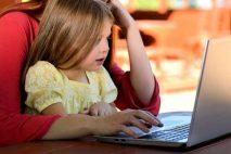Rodičovská dovolená končí nejpozději v den, kdy má dítě 3 narozeniny. Je ale možné se zaměstnavatelem domluvit i kratší délku rodičovské. Po rodičovské můžete požádat v zaměstnání o neplacené volno.