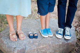 Pokud vaše zaměstnání (pracovní poměr), skončilo ještě před začátkem první mateřské dovolené, pak je pravděpodobné, že na mateřskou na druhé dítě, nebudete mít nárok. Budete mít ale určitě nárok na rodičovský příspěvek na druhé dítě. Pokud po rodičovské nastoupíte do nového zaměstnání, pak můžete mít nárok i na nemocenské.